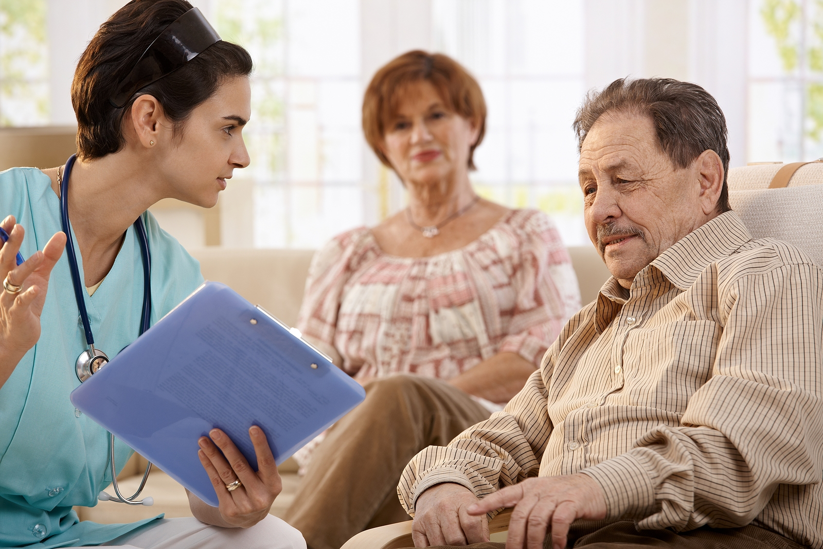 6 Benefits Of Hiring A Home Care Agency